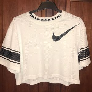 Nike Dri-Fit Crop Top